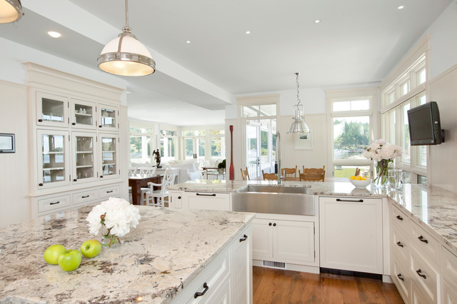 Silestone vs Granite Kitchen Traditional with Bc Beige Countertop Built In