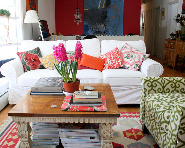 Slipcovered Sofa Living Room Shabby Chic with Flowers at Home