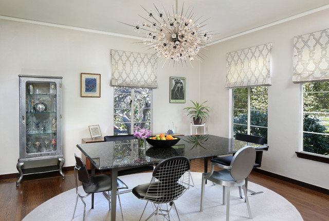 Sputnik Chandelier Dining Room Midcentury with 50s Bertoia Chair Bikini