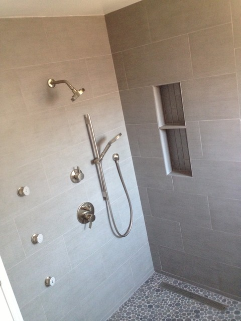 Stand Alone Tubs Bathroom with Chrome Finish Concrete Tile