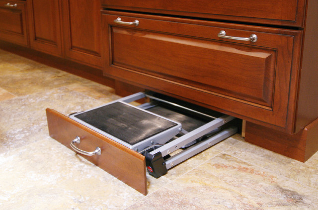 Stepping Stool Kitchen Traditional with Brookhaven Custom Cabinetry Cabinet