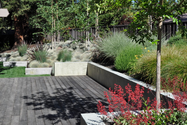 Stucco Finishes Landscape Modern with Concrete Deck Geometric Geometry