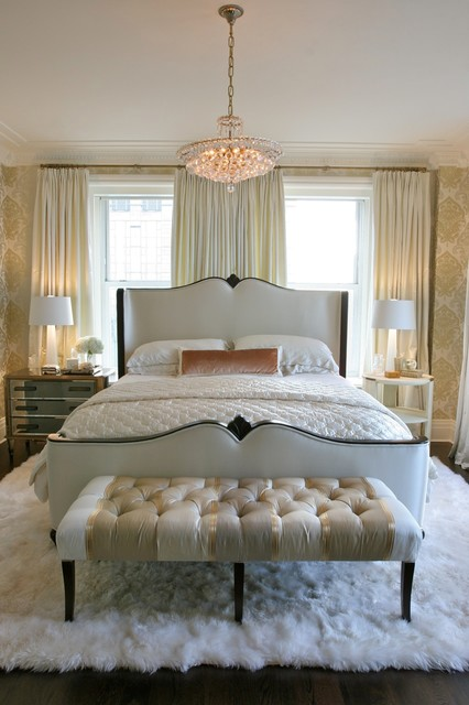 swaim furniture Bedroom Traditional with airy area rug art