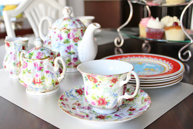 Tea Strainer Dining Room Transitional with Bone China Afternoon Tea