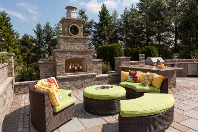 Techo Bloc Patio Traditional with Bbq Floral Throw Pillow