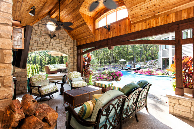 Tommy Bahama Furniture Patio Traditional with Aquatic Archway Cedar Ceiling
