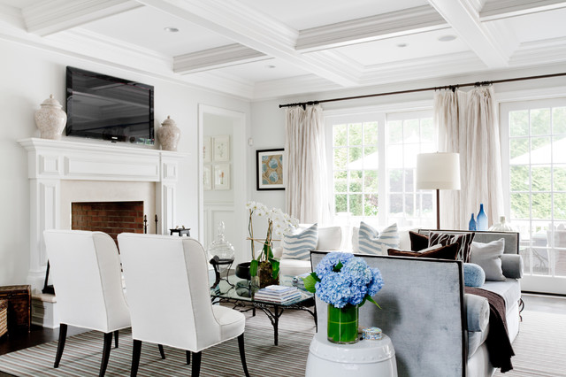 Traverse Curtain Rods Living Room Traditional with Beige Urns Blue Hydrangeas