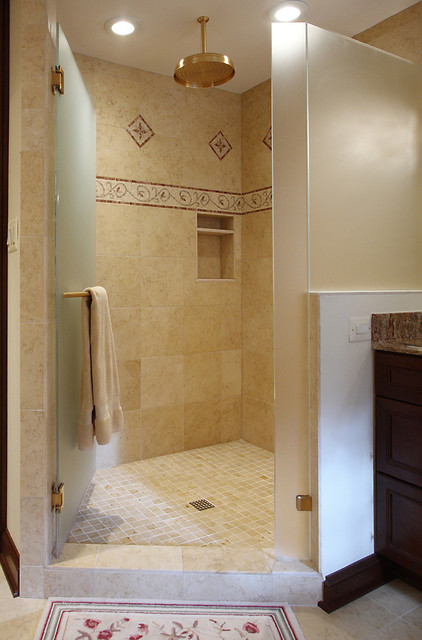 Tumbling Mat Bathroom Traditional with Accent Tiles Bath Mat