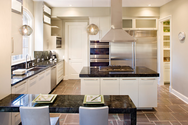 Ubatuba Granite Kitchen Contemporary with Frosted Glass Gray Walls