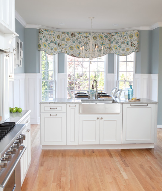 Waverly Valances Kitchen Traditional with Benjamin Moore Fossil Benjamin
