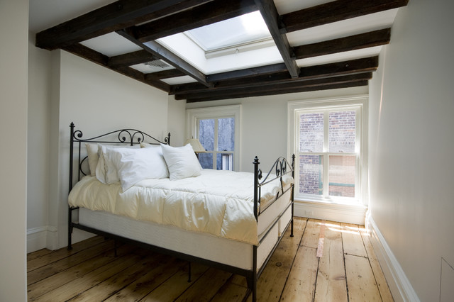 Wide Plank Hardwood Flooring Bedroom Traditional with Baseboards Ceiling Treatment Exposed