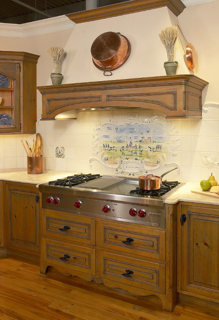 Wolf Rangetop Kitchen Traditional with Best Hoods Burners Clarke