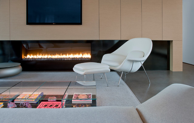 Womb Chair Living Room Modern with Bridge Cantilever Concrete Floor