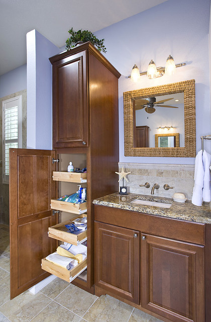 Woodmark Cabinets Bathroom Traditional with Categorybathroomstyletraditionallocationtampa 1