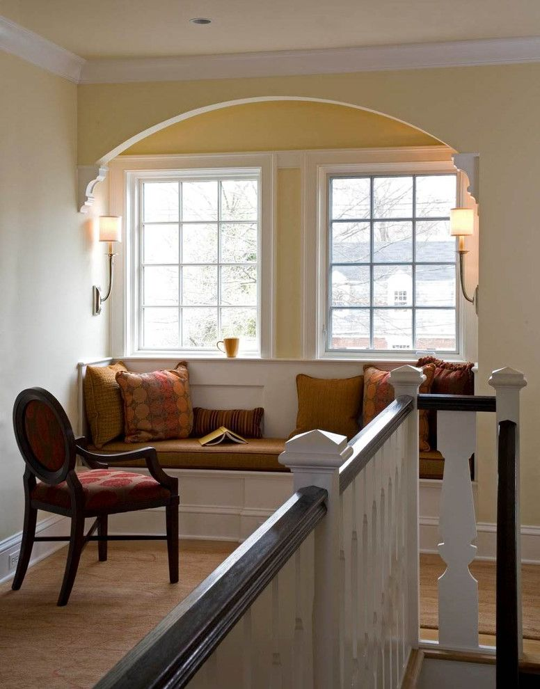 Arched Wall Sconce for Contemporary Hall and Nook