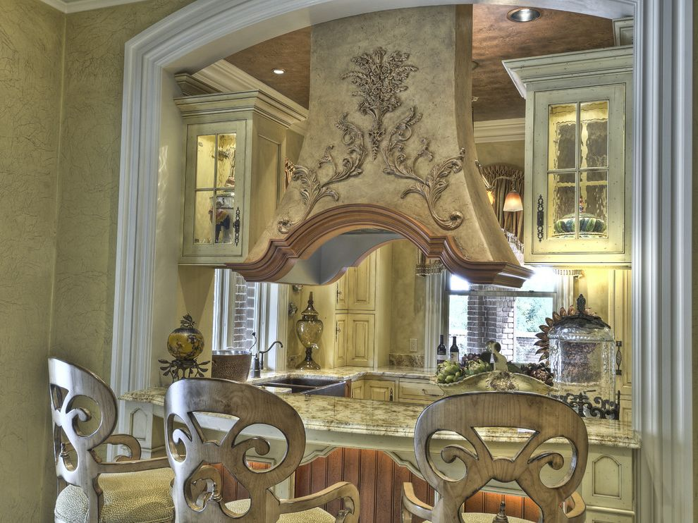 Country Ventahood  for Mediterranean Kitchen and Copper Ceiling