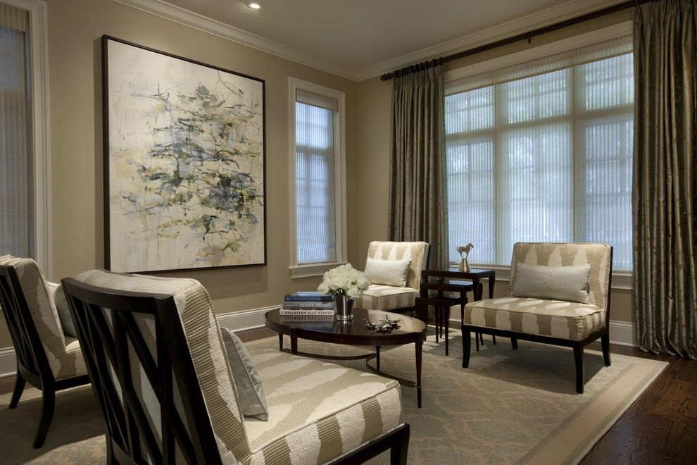 Details of Shaker Beige  for Traditional Living Room and Baseboards