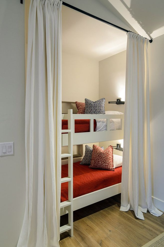 Domo Bunk Beds  for Rustic Bedroom and Reading Light