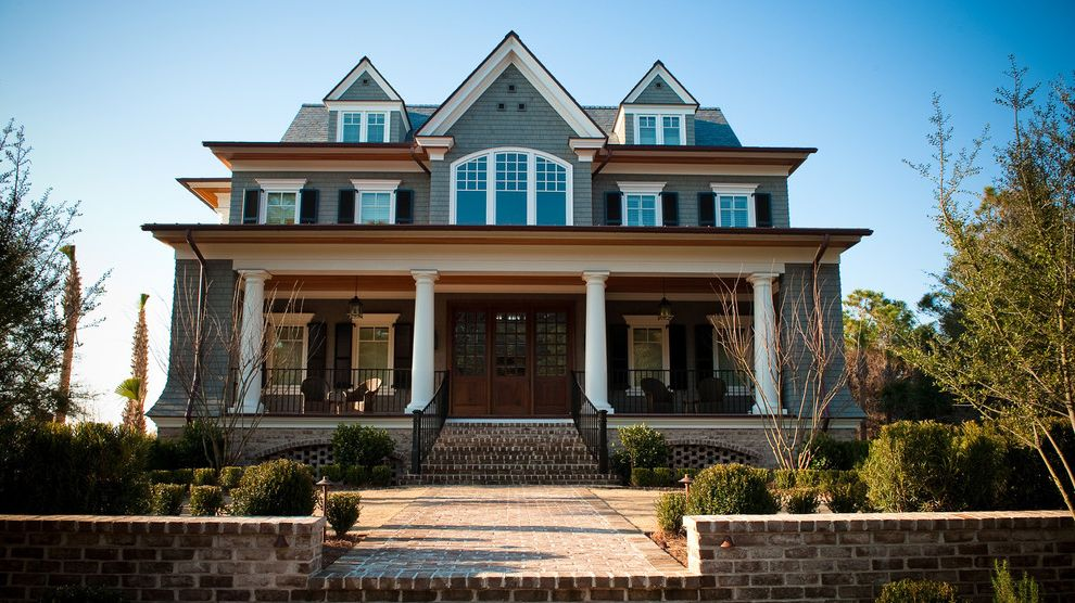 Exterior Design in Arch Railing Made with Brick for Traditional Exterior and Brick Walkway