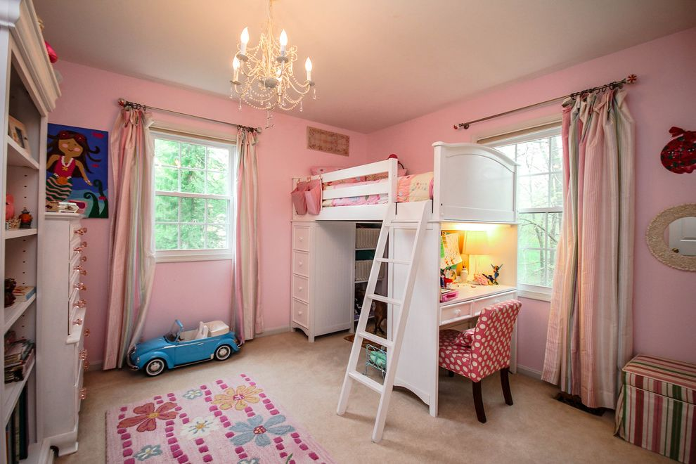 Ms Bed  for Traditional Kids and Pink and White