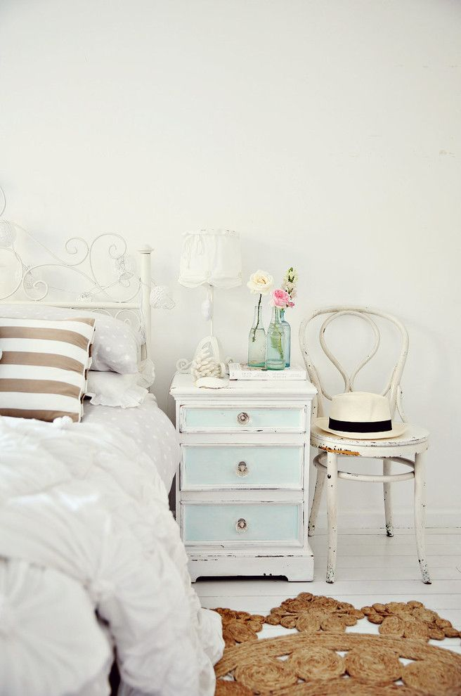 Shabby Chic Bookshelf for Shabby Chic Style Bedroom and Light Blue Nightstand