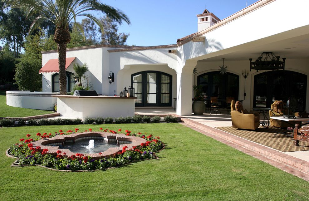 Spanish Style Outdoor Patio Paving for Mediterranean Exterior and Palm Trees