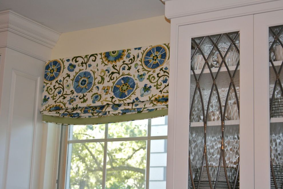 Valences for Traditional Spaces and London Shade