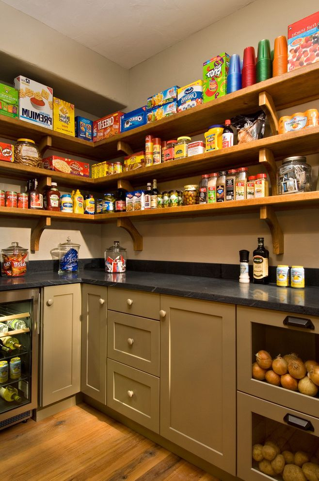 2011 Showcase   Hillside Retreat How to Get Rid of Clutter for Rustic Kitchen Kitchen Photos Rustic Kitchens