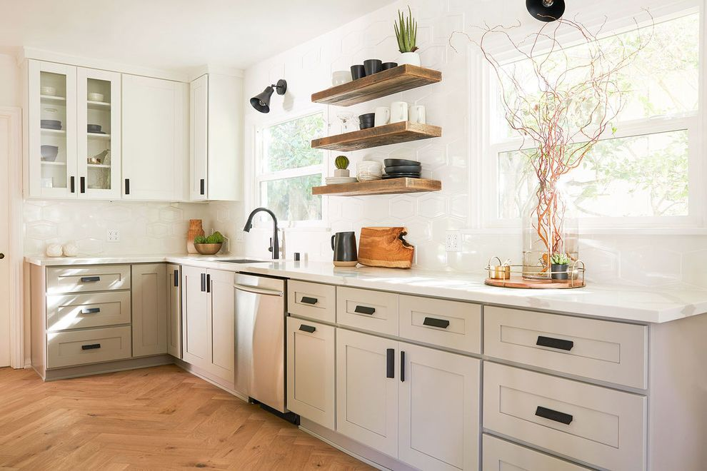 Hgtv Midcentury   Industrial Kitchen What's on Hgtv Tonight for Transitional Kitchen Kitchen Photos Stone Cleaners