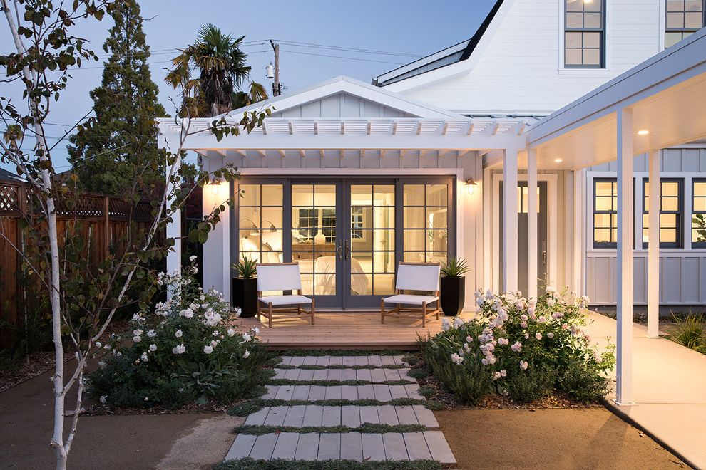Napa - Third Street Farmhouse Love It or List It Full Episodes for Farmhouse Porch Outdoor Photos Deck and Patio Builders