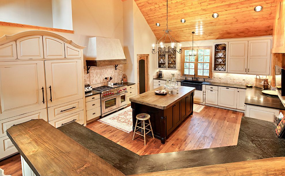 Rustic Charmer Average Kitchen Remodel Cost for Farmhouse Kitchen Kitchen Photos Large Kitchens