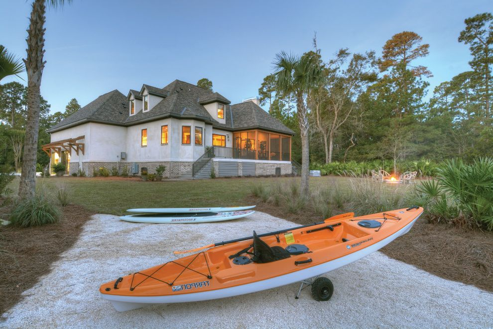 Southern Living Showcase Home at St. Simons Island Exterior House Colors Combinations for Beach Style Exterior Exterior Photos Landscape Architects and Designers